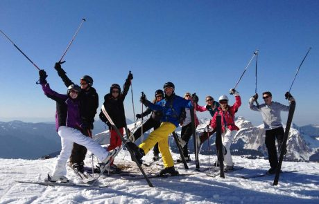 Group Skiing in Les Gets