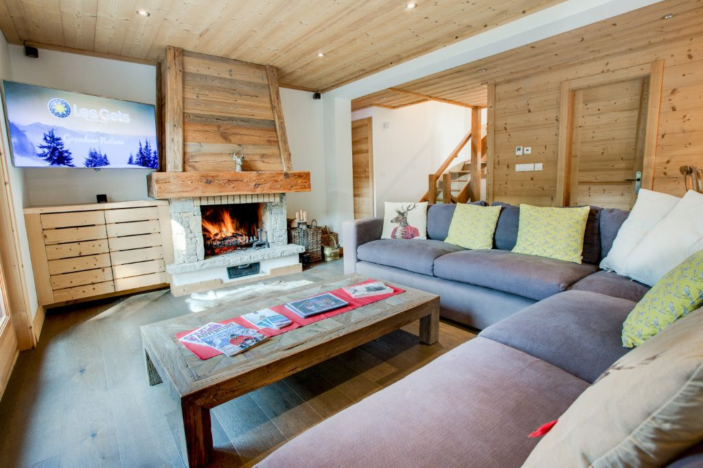 Chalet Fram Living Room